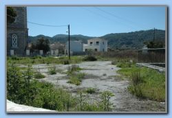 Kokkari, empty property by the church