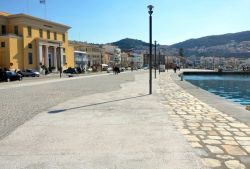 28-Vathy_New_harbour_front