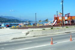 29-Vathy_New_harbour_front