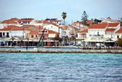 46-Pythagorion_harbour_front