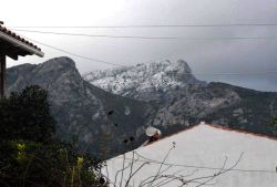 03_Snow_on_the_top