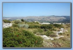A look at the top of Mount Kastro with the townwall.